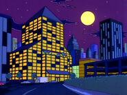 Capital City Plaza Hotel nocą