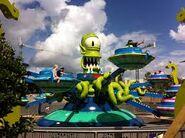 Universal Studios Kang & Kodos Twirl N Hurl