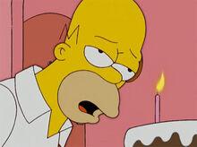Homer cansado vela bolo