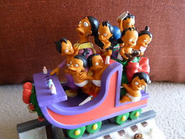 Simpsons Christmas Train - Octuplets