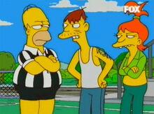Spucklers brigam arbitro homer
