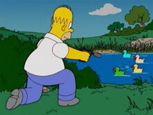 Homer atirando patos borracha