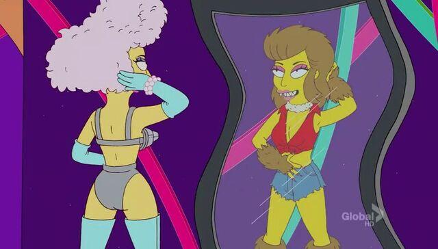 File:Lisa Goes Gaga 55.JPG