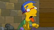 The.Simpsons.S30E04.Treehouse.of.Horror.XXIX.1080p.AMZN.WEB-DL.DDP5.1.H264-QOQ.mkv snapshot 11.08.293