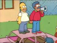 Homer protestando