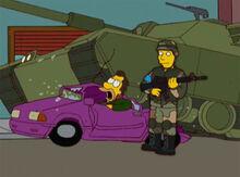 Lenny carro amassado tanque
