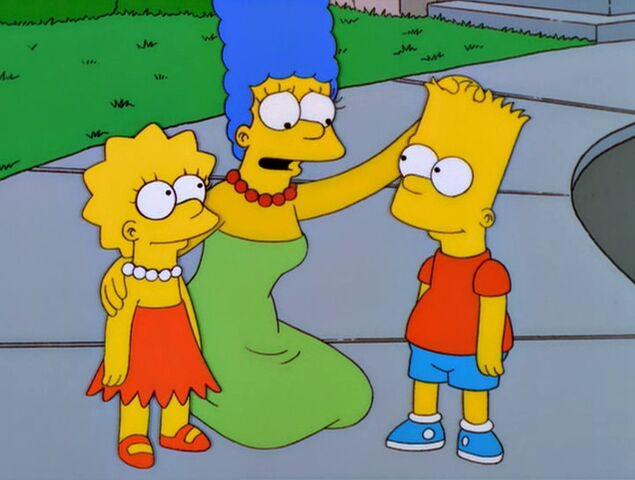 File:Bart vs. Lisa vs. the Third Grade 110.JPG