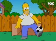 Homer malabarista futebol