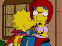 Milhouse lisa beijo lambreta