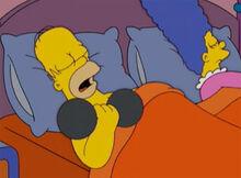 Homer puxando ferro dormindo