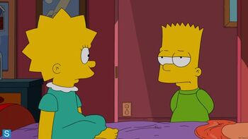 640px-Lisa looking at bart 01135118 FULL
