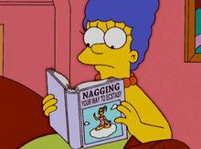 Marge livro resmungando