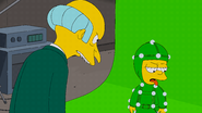 The.Simpsons.S28E02.Friends.and.Family.1080p.WEB-DL.DD5.1.H.264-iT00NZ (1).mkv snapshot 13.43 -2017.03.09 20.48.10-