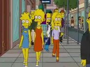 Lisa in the middle