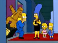 TheMansionFamily-HomerStealsPartOfTheSet