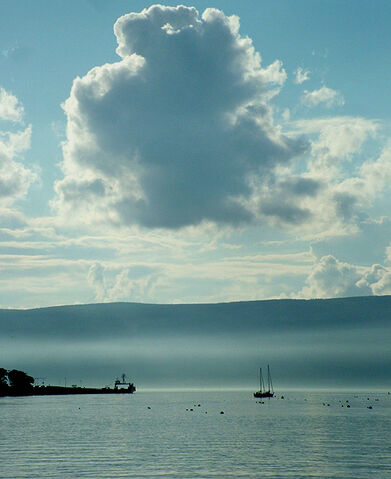 File:View to mcinroys point from gourock.jpg