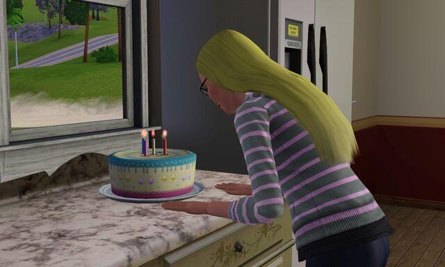 File:Nia birthday 15.jpg