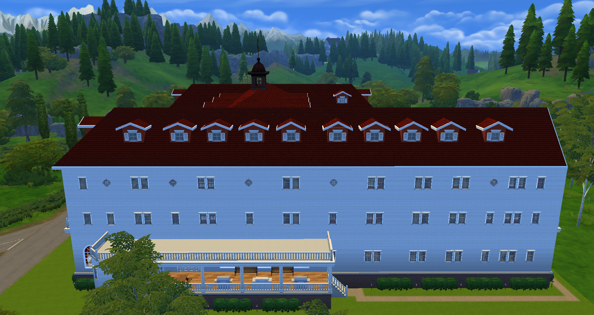 SIDE VIEW OF HOTEL
