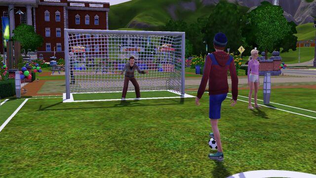 File:Festival summer - soccer goal 1.jpg