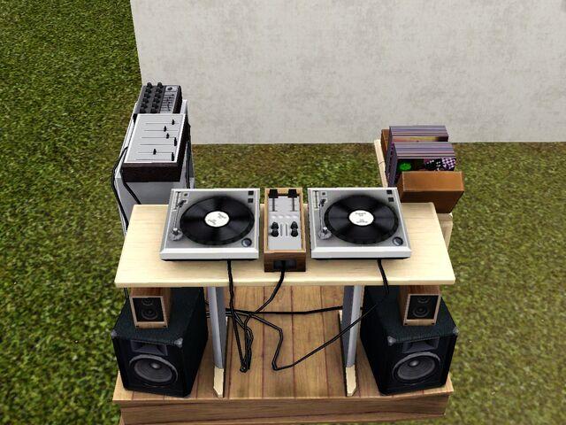 File:Old School DJ Booth.jpg