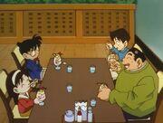 Episode 193 Café Peach Sunday - Die Kinder genießen ihre Eisbecher