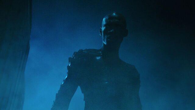 File:S01E07-Dead-in-the-Water-118-Levi-Merman.jpg