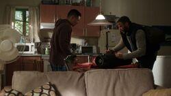 S01E02-The-Lure-033-Calvin-Xander