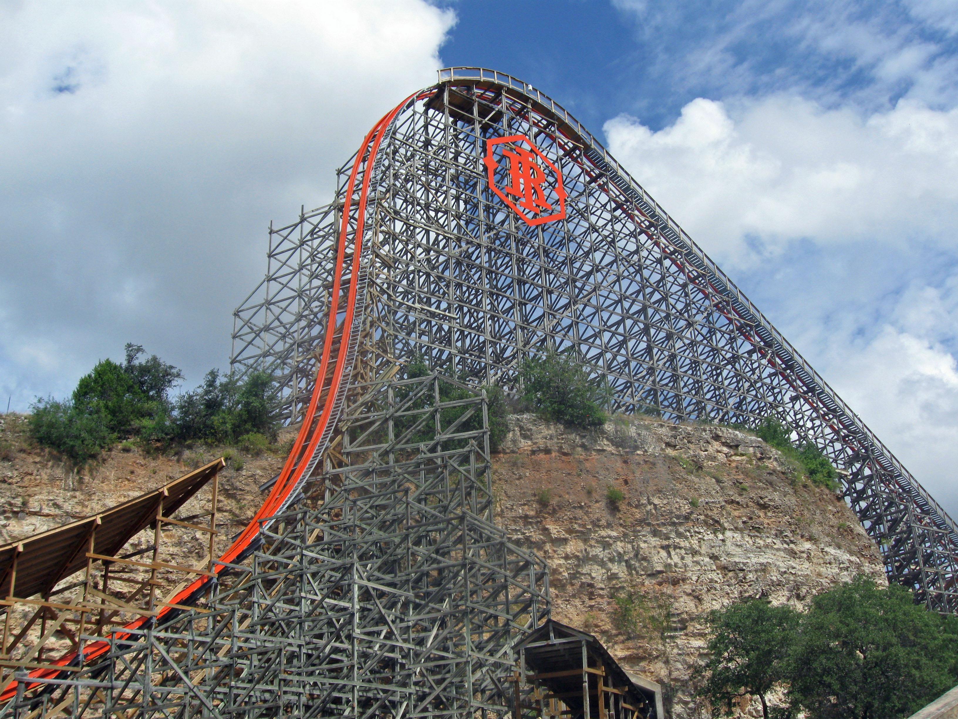 Iron Rattler | Six Flags Wiki | Fandom