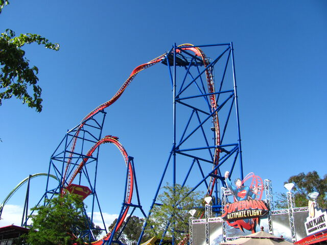 File:Superman Ultimate Flight at Six Flags Discovery Kingdom (14156245159) (2).jpg