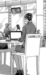 Saena browsing in the coffee shop