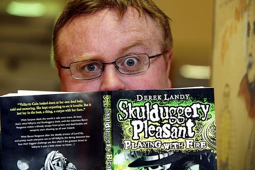 Derek Landy Skulduggery Pleasant Wiki Fandom Powered By Wikia