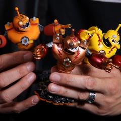 Prototipos de figuras de Bouncer con diferentes esquemas de colores