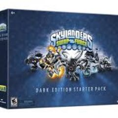 Pack de démarrage Skylanders Swap Force version Dark qui contient Dark Spyro, Dark Blast Zone, Dark Wash Buckler, Dark Slobbert Thout et Dark Ninja Stealth Elf exclusivité Micromania.