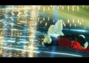 Sliren atakuje Grimmstona