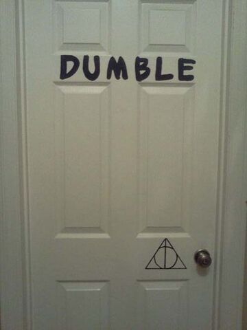 File:Potter-puns-dumble-door.jpg