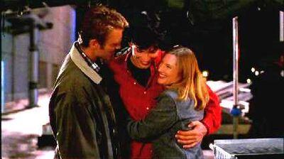Clark, Martha, and Jonathan (Smallville)6