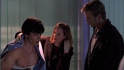 Clark, Martha, and Jonathan (Smallville)2