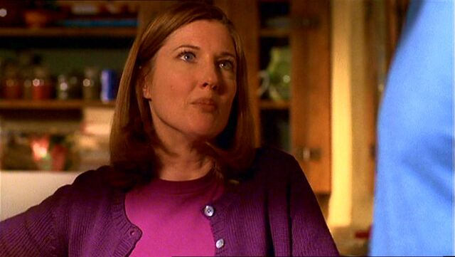 File:Martha Kent (Smallville)7.jpg