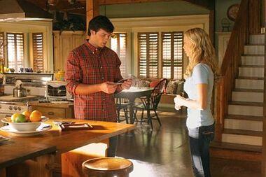 Clark & Kara (Smallville)2