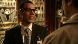 Ronald Troupe (Smallville) 001