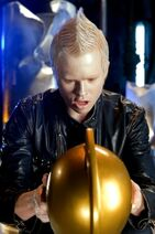 Smallville-Absolute-Justice-Promotional-Photos-smallville-10150575-333-500