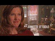 Smallville - Opening Sequence - Annette O'Toole
