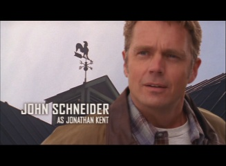 File:Smallville - Opening Sequence - John Schneider.jpg