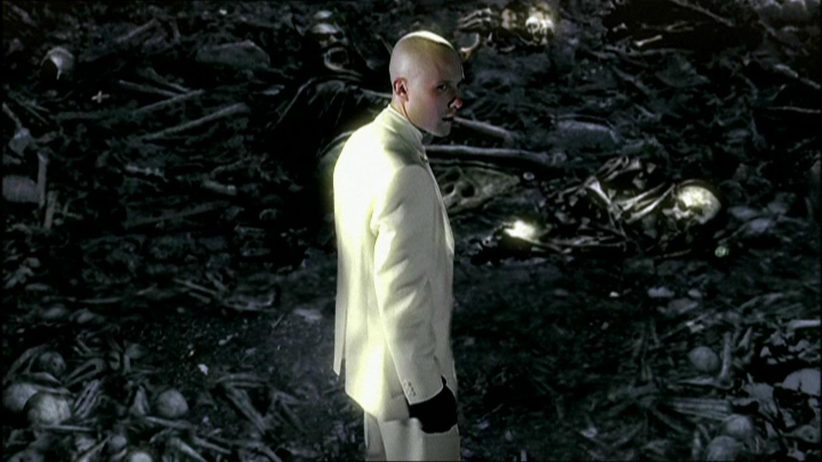Allusions To Batman Smallville Wiki Fandom Powered By Wikia