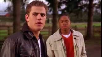 Smallville 2x15 - Clark, Pete, & Lucas Luthor play basketball