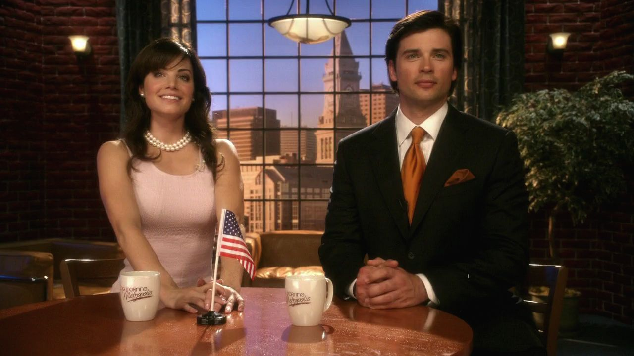 when did lois and clark start dating in smallville