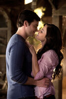 Smallville clark and lois start hookup