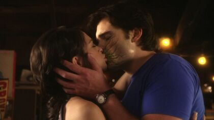 Clark and Lana (Smallville)8