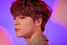 Jeno (Hair In The Air) 1