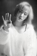 Taeyeon rain photo